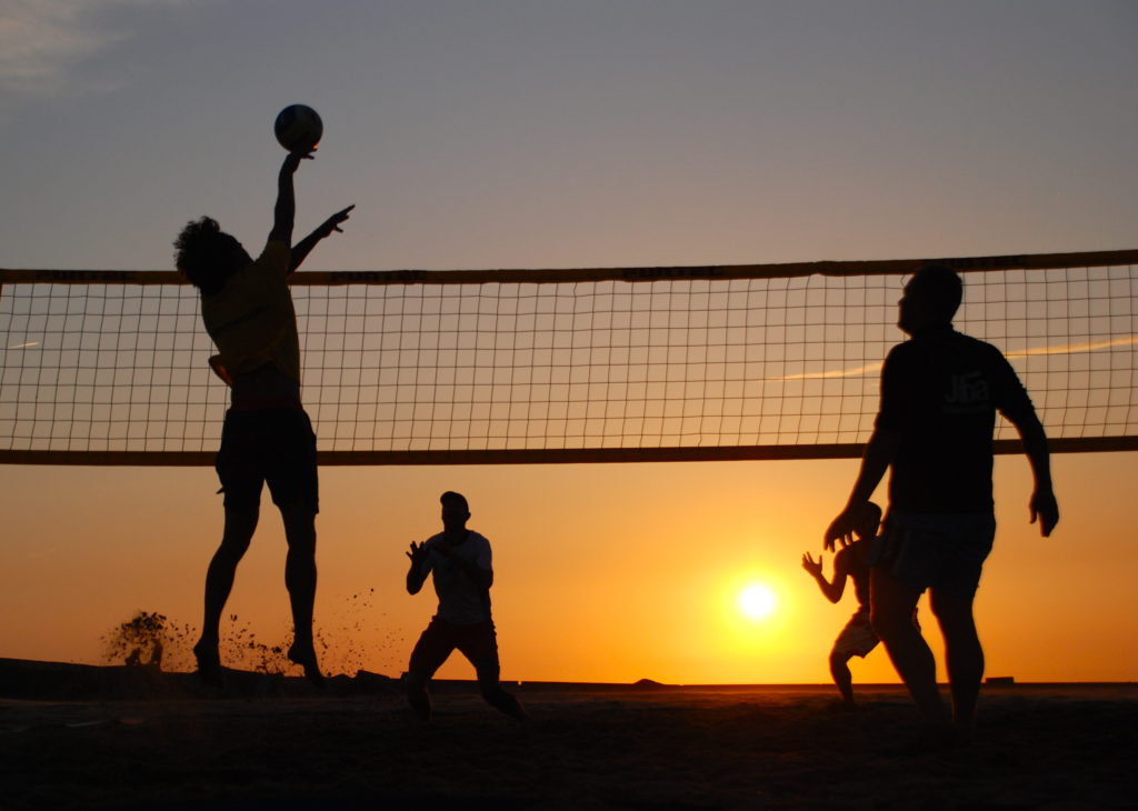 summer sports to stay healthy and active